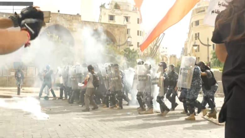 وجها لوجه.. اشتباكات بين متظاهرين وقوات الأمن اللبناني في بيروت