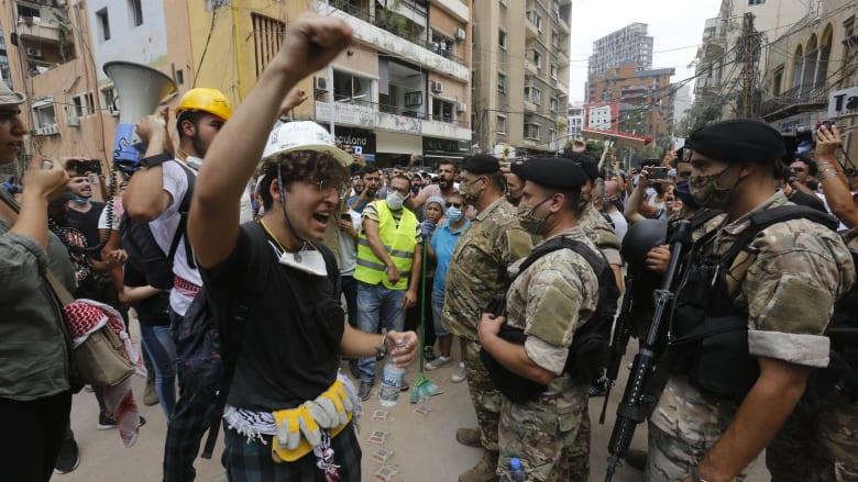 الصليب الأحمر اللبناني: 100 إصابة في احتجاجات العاصمة بيروت