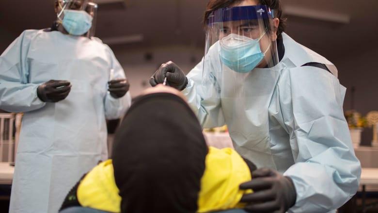 هل يمكن لنزلات البرد أن تحميك من فيروس كورونا؟