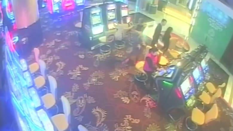 كاميرا مراقبة ترصد فتاة عمرها 12 عاماً تقامر داخل كازينو بأستراليا