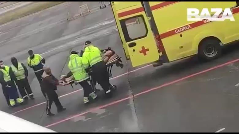 فيديو مروّع.. نقل معارض بارز لبوتين إلى المستشفى بعد احتمال تسميمه مجدداً