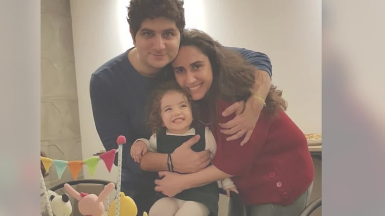 زوجان خسرا طفلتهما الوحيدة في انفجار بيروت: لا يمكننا العيش في دولة إجرامية حكومتها وبرلمانها ضدك