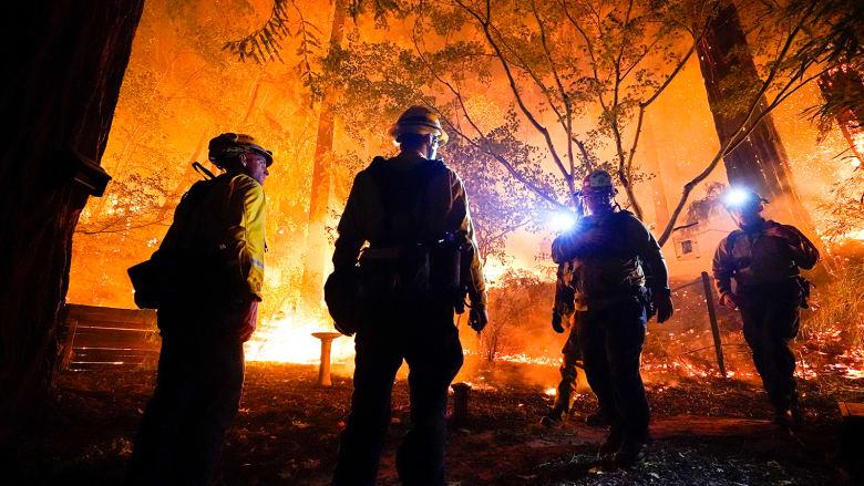 لم تشهد مثلها منذ 90 عاماً.. أكثر من 500 حريق في ولاية كاليفورنيا
