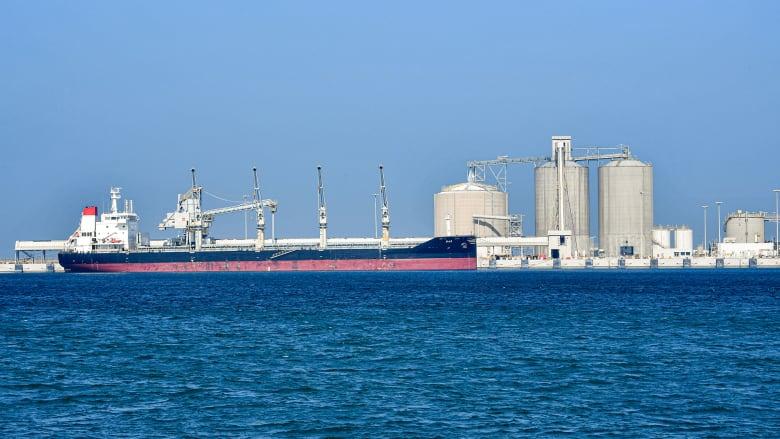 صادرات النفط السعودي لأمريكا في أدنى مستوياتها منذ 35 عاماً