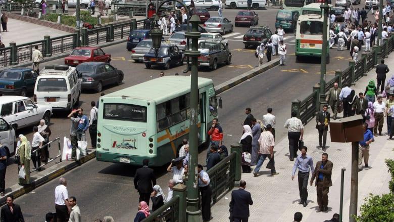 صورة أرشيفية عامة لشارع في العاصمة المصرية، القاهرة