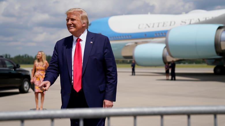 شاهد.. ترامب يشجع ناخبيه على التصويت مرتين في انتخابات 2020