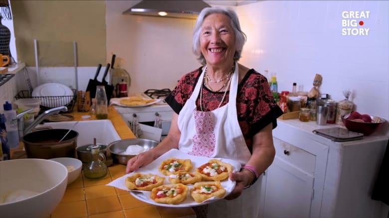 البيتزا المقلية في نابولي.. وصفة مبتكرة لمكافحة هدم الأفران في فترة ما بعد الحرب العالمية الثانية
