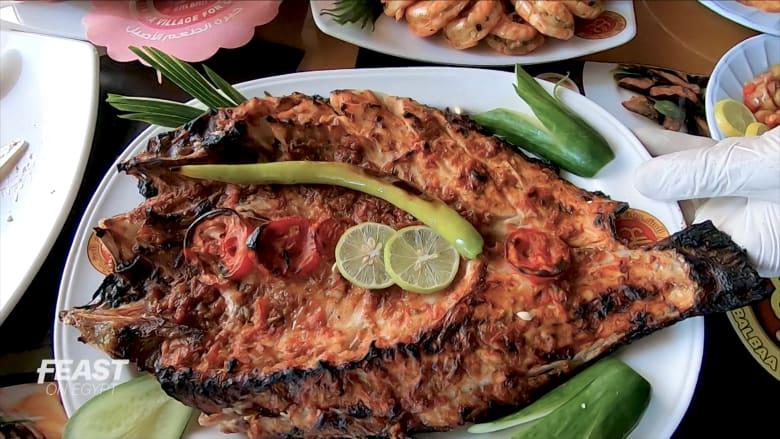 """من الـ""""سنجاري"""" إلى الجمبري.. ما سر المأكولات البحرية في الإسكندرية؟"""