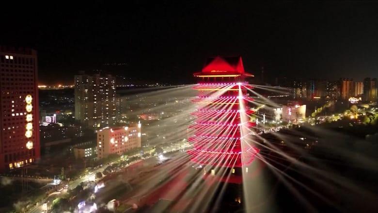 """بعروض الحديد المنصهر وطائرات """"الدرون"""".. هكذا احتفلت الصين بيومها الوطني"""