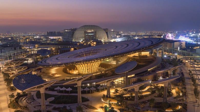 عام على انطلاقه: إكسبو دبي مستعد لاستقبال الزوّار.. وهكذا يبدو مقر الحدث