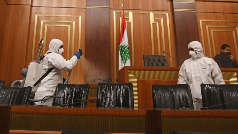 مع ارتفاع نسبة حالات كورونا بالشرق الأوسط.. لبنان يغلق الحانات والنوادي الليلية