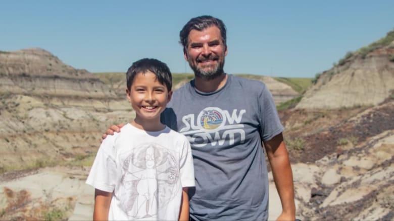 طفل كندي يكتشف عظام ديناصور نادرة عمرها 69 مليون عام