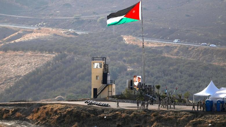 الأردن يدين استمرار نشر الرسوم الكاريكاتورية للنبي محمد