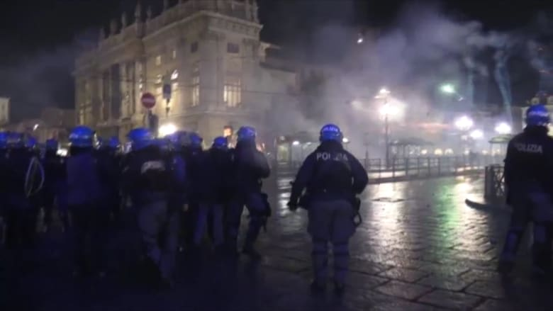 بالفيديو. .تصاعد العنف في إيطاليا وسط احتجاجات ضد قيود كورونا