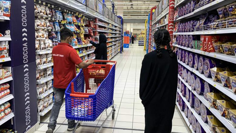 بعد دعوات مقاطعة البضائع الفرنسية.. كارفور في السعودية والكويت والأردن يصدرون بيانا
