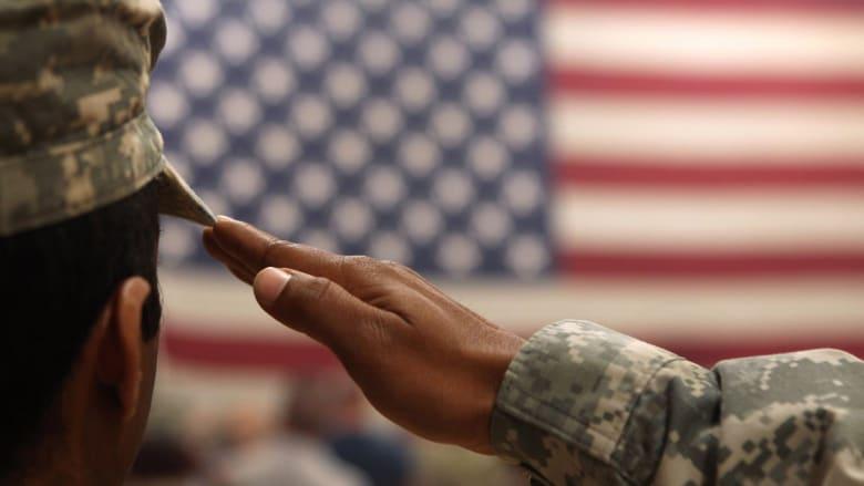 لصالح من تذهب أصوات اقتراع الأفراد العسكريين وما هو تأثيره على الانتخابات الأمريكية؟