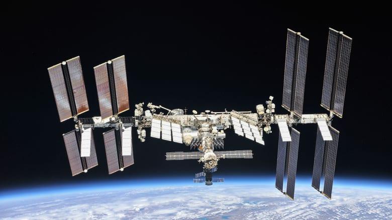 بعد توم كروز.. روسيا تصور فيلماً في الفضاء مع شروط قياس لجسد الممثلة