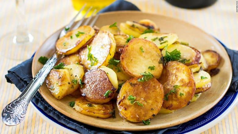 هل يمكن أن تساعدك على تنبأ مستقبلك؟ إليك أفضل أطباق البطاطس في العالم