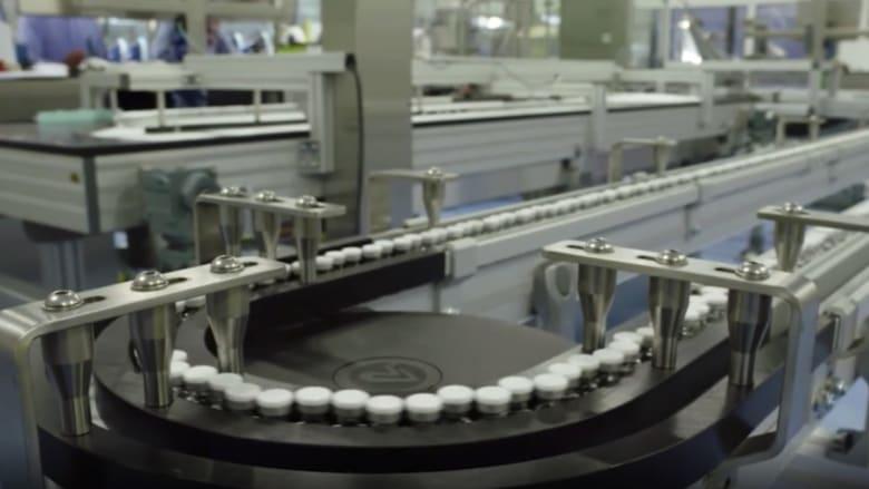 تصنيع 1.3 مليار جرعة من لقاح كورونا.. هل بدأ العد التنازلي لزوال الوباء؟