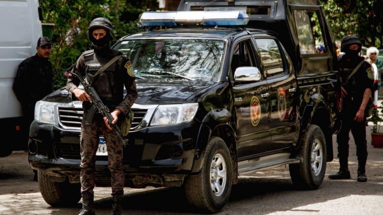صورة ارشيفية لعناصر بالأمن المصري