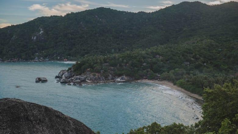 كيف تحول هذا الملاذ السري في تايلاند إلى منتجع شاطئي مشهور عالمياً؟