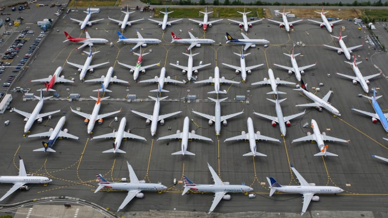 طائرة بوينغ 737 ماكس تحصل على الموافقة للتحليق بالركاب مجدداً