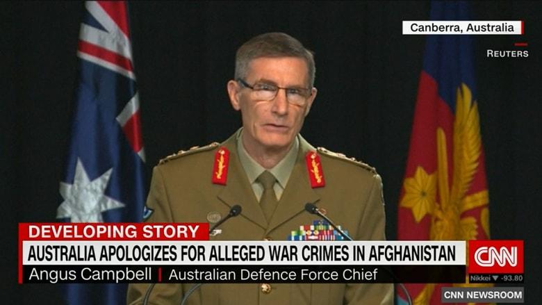 قائد قوات الدفاع الأسترالية، الجنرال انجس كامبيل خلال مؤتمر صحفي حول التقرير