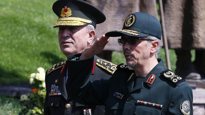 """رئيس أركان الجيش الإيراني يتوعد بـ""""رد قاس"""".. ويرى مقتل فخري زاده """"ضربة ثقيلة"""""""