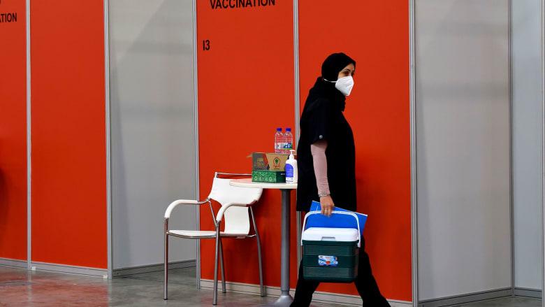 """البحرين توافق على لقاح """"سينوفارم"""" الصيني لفيروس كورونا بعد أن علقت بيرو التجارب عليه"""