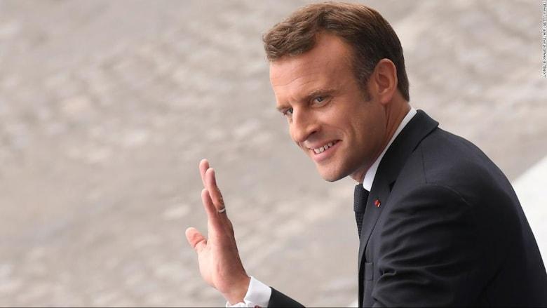 بمن التقى الرئيس الفرنسي إيمانويل ماكرون قبل اكتشاف إصابته بكورونا؟