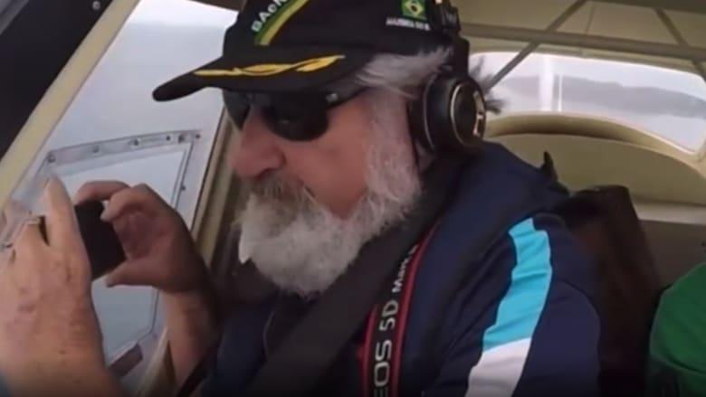 شاهد مصير هاتف آيفون وقع من طائرة وهذا ما صوره أثناء سقوطه