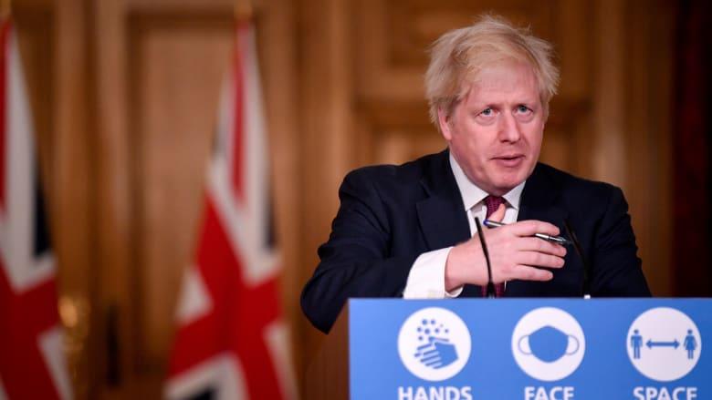 جونسون يتراجع عن تخفيف قواعد كورونا في عيد الميلاد: سلالة جديدة سريعة الانتشار في بريطانيا
