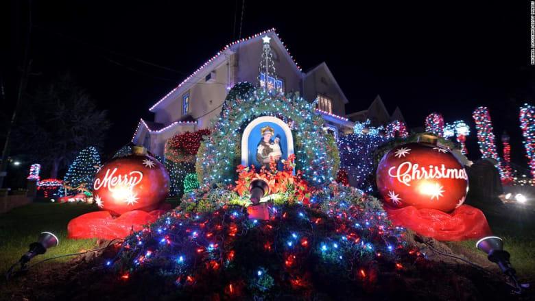 كيف يمكن جعل احتفالات عيد الميلاد أكثر أماناً وسط تفشي كورونا؟