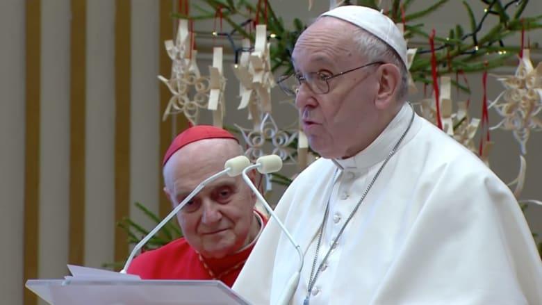 بابا الفاتيكان: يجب توفير لقاحات كورونا للجميع.. والأولوية للضعفاء والمحتاجين