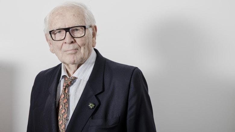 وفاة مصمم الأزياء بيير كاردان عن 98 عاما.. أبرز محطات حياته