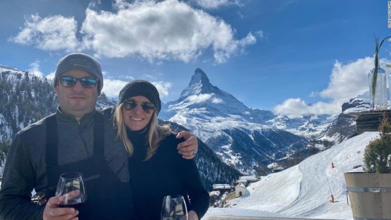 كيف تبدو مغامرة التزلج بزمن التباعد الاجتماعي جراء تفشي كورونا؟