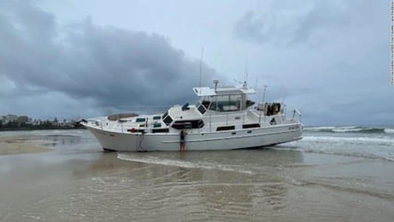 إنقاذ بحّار أسترالي بعد قضائه ساعات متشبثاً بمنارة المحيط