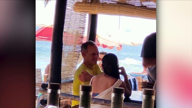 تخيلوا فاوتشي مكانه.. قائد استجابة المكسيك لكورونا يثير الجدل برحلة على الشاطئ
