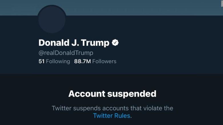 لطالما استخدمه للطرد والعفو والتحريض.. تويتر يوقف حساب ترامب بشكل دائم