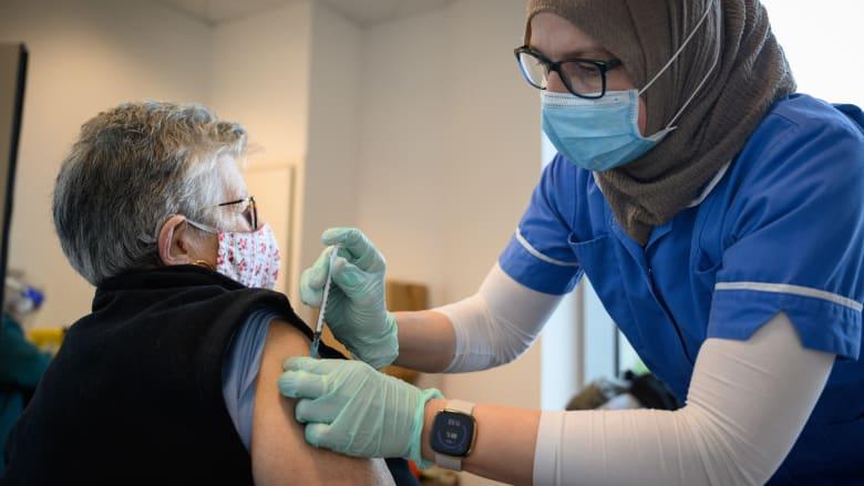 """عمدة لندن يعلن """"حدثا كبيرا"""".. استدعاء الجيش للمساعدة في زيادة معدل التطعيم ضد فيروس كورونا"""