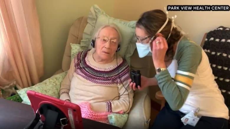 شاهد كيف هزمت إمرأة عمرها 108 أعوام فيروس كورونا
