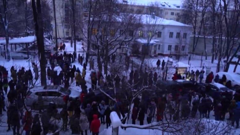 اندلاع مظاهرات خارج مركز شرطي بموسكو بعد اعتقال نافالني