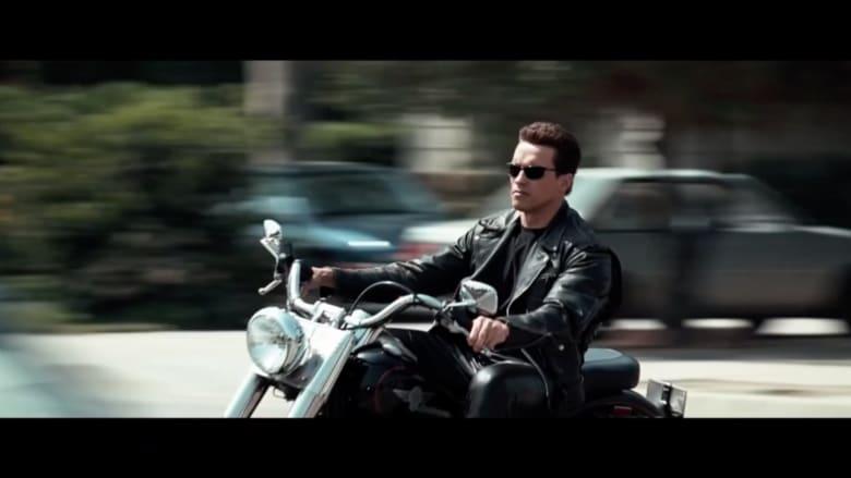 """شاهد.. أرنولد شوارزنيجر بطل فيلم """"Terminator"""" يتلقى لقاح كورونا"""