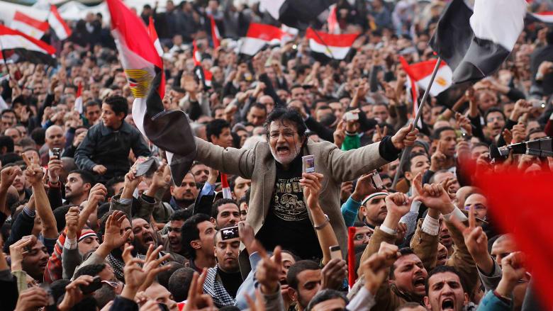 صورة أرشيفية من ميدان التحرير في مصر العام 2011