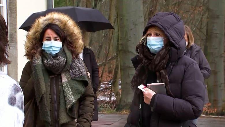 صبر 450 مليون مواطن ينفد.. لقاح فيروس كورونا يُطرح ببطء في الاتحاد الأوروبي