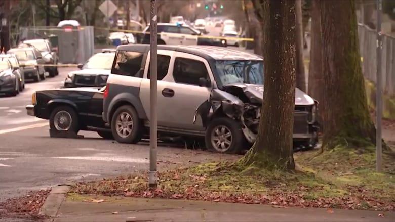 سائق SUV يدهس المارة ويقتل شخصا