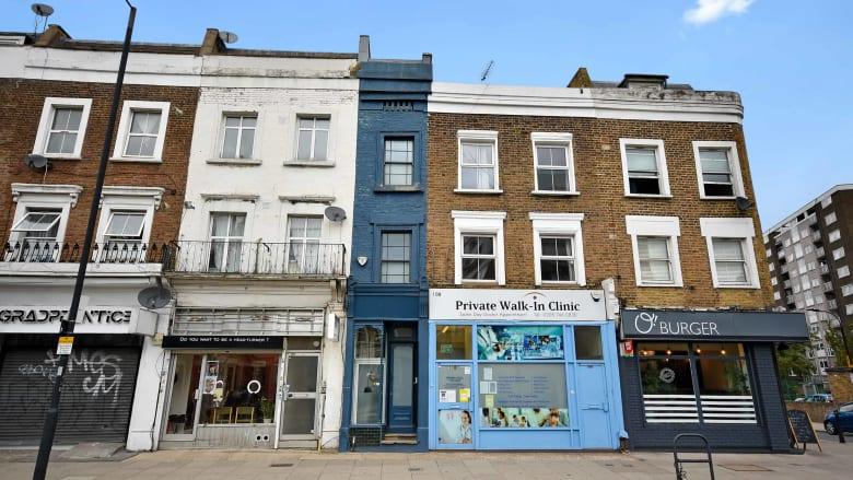 عرضه أقل من مترين.. أضيق منزل في لندن يعرض للبيع مقابل 1.3 مليون دولار
