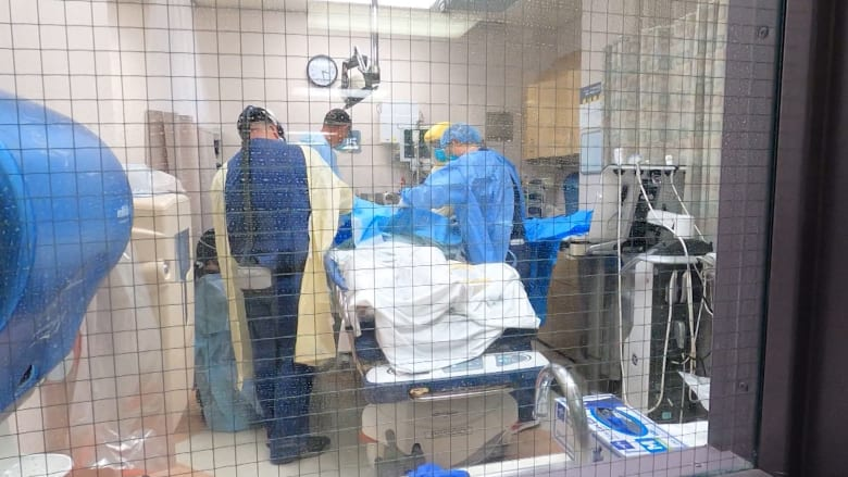 خبراء صحة: انتشار سلالات فيروس كورونا قد يعكس ارتفاع الإصابات الأخيرة
