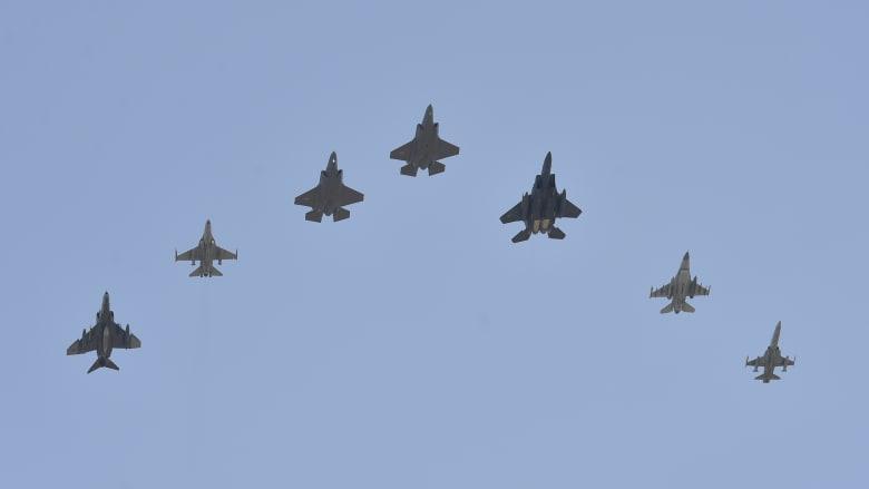 الضربة العسكرية الأولى في عهد بايدن.. ماهي رسالة أمريكا لإيران؟