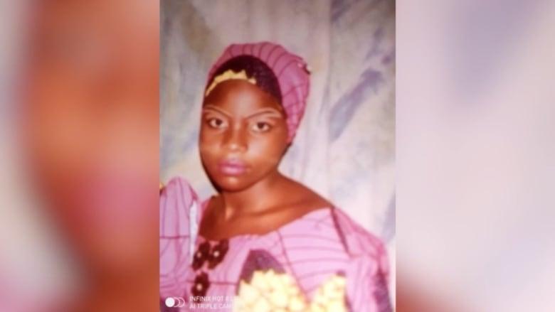 بالصراخ واطلاق النار.. شاهد اختطاف أكثر من 300 طالبة في نيجيريا